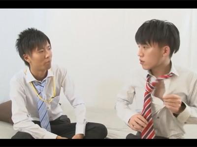 【ゲイ動画】仕事熱心な新入社員!「何でも教えて下さい!」と先輩に言うとチンポを求められ先輩のケツマンコに肉棒を挿入!