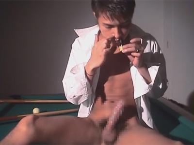 【ゲイ動画】東南アジア系な雰囲気を醸し出すイケメンがオナニー!途中でラッシュを嗅いで性感をブーストし一気に射精まで駆け抜ける!