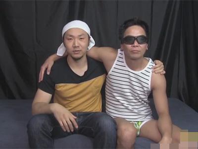 【ゲイ動画】頭にタオルを巻いたガテン系ノンケが男同士の初セックスを志願!カメラに撮られ緊張しつつもケツを掘られながら見事にイク!
