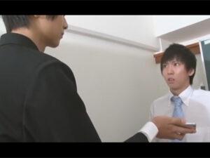 【ゲイ動画】「僕の奴隷になってもらおうか…」若いイケメン教師の弱みを握った生徒が先生を手玉に取り先生のケツマンコを教室でガン掘り!