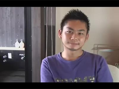 【ゲイ動画】新幹線に乗って温泉旅館へ…!短髪なスポメンと貸し切りの露天風呂でおしっこをしたりエッチに乳繰り合う!