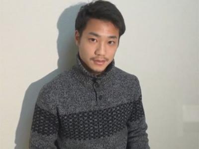 【ゲイ動画】サッカー部のイケメン筋肉大学生の21歳をローションたっぷり手コキや極上のフェラで責めると恥じらいもなく喘ぎモロ感!