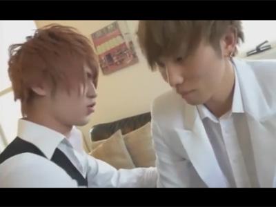 【ゲイ動画】結婚式目前の新郎の控室で新郎を寝取る式場のスタッフ…!彼女を裏切り男のケツマンをガン掘りして気持ち良くなってしまう!
