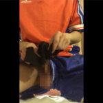 【無修正ゲイ動画】サカユニを着込んでローションガーゼで亀頭責め!ギン勃ちの亀頭を何度もコスりまくって大量に潮を出す素人!