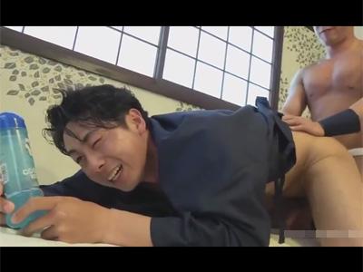 【ゲイ動画】どのローションが一番気持ち良い?チンポや直腸に塗ってSEXをし身をもって滑りや気持ち良さをレビューするHUNKTUBER!
